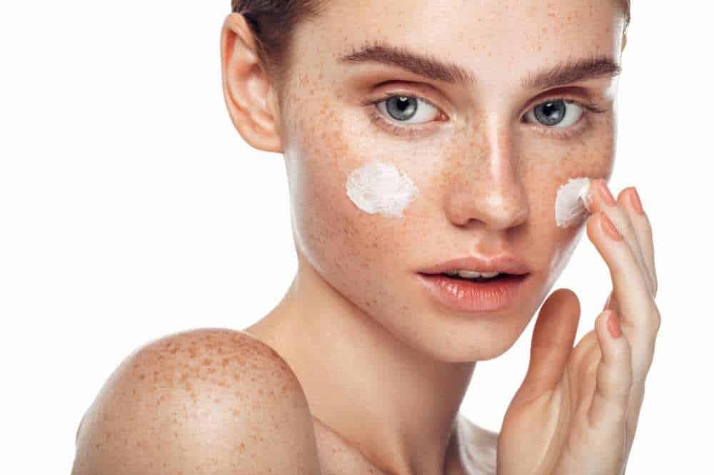 Best Foundation For Freckles