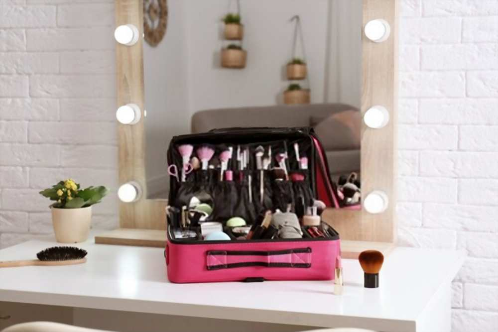 best makeup train case