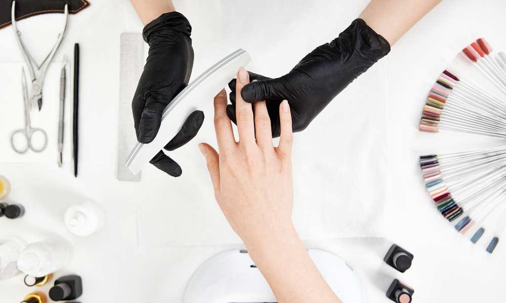 How Much Do Nail Techs Make
